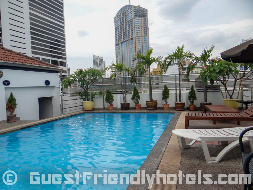 Admiral Suites Pool at the rooftop