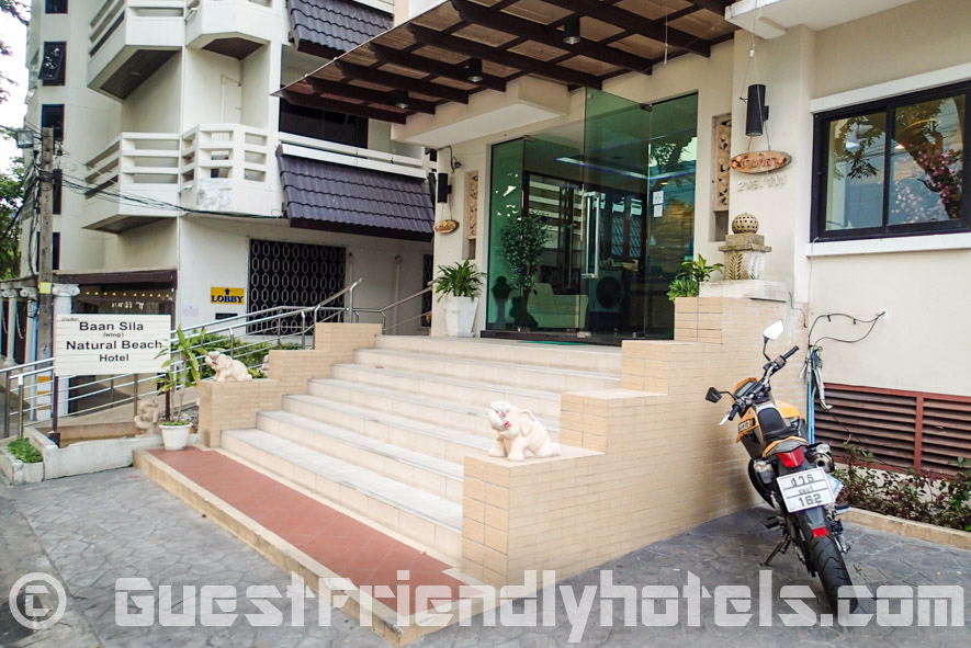 Baan Sila Hotel building on Soi 11 is just 100m from Beach road