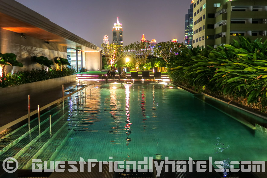 Best Western Premier Sukhumvit hotel swimming pool is at the rooftop area area