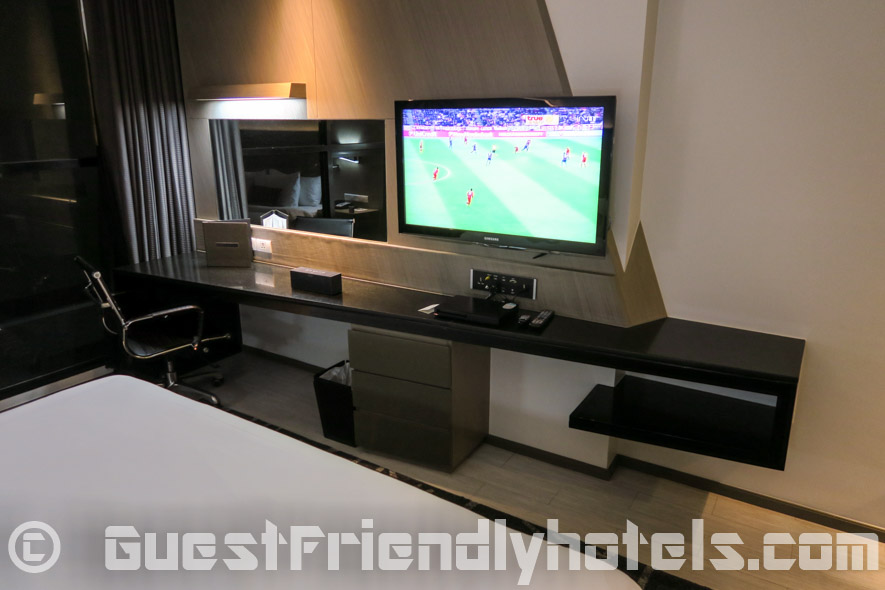 Big 40 inch TV found in all rooms of the Best Western Premier Sukhumvit