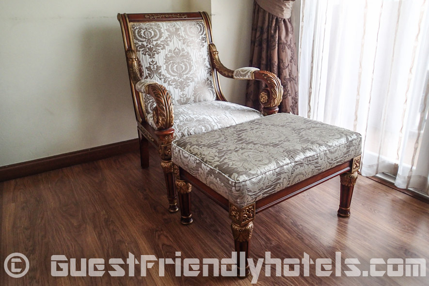 Example of the Victorian era furniture in the LK Metropole Hotel