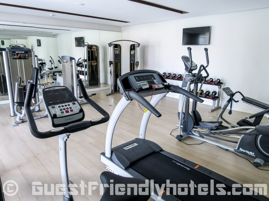 Fitness room next to the rooftop pool on the roof in Season Five Hotel