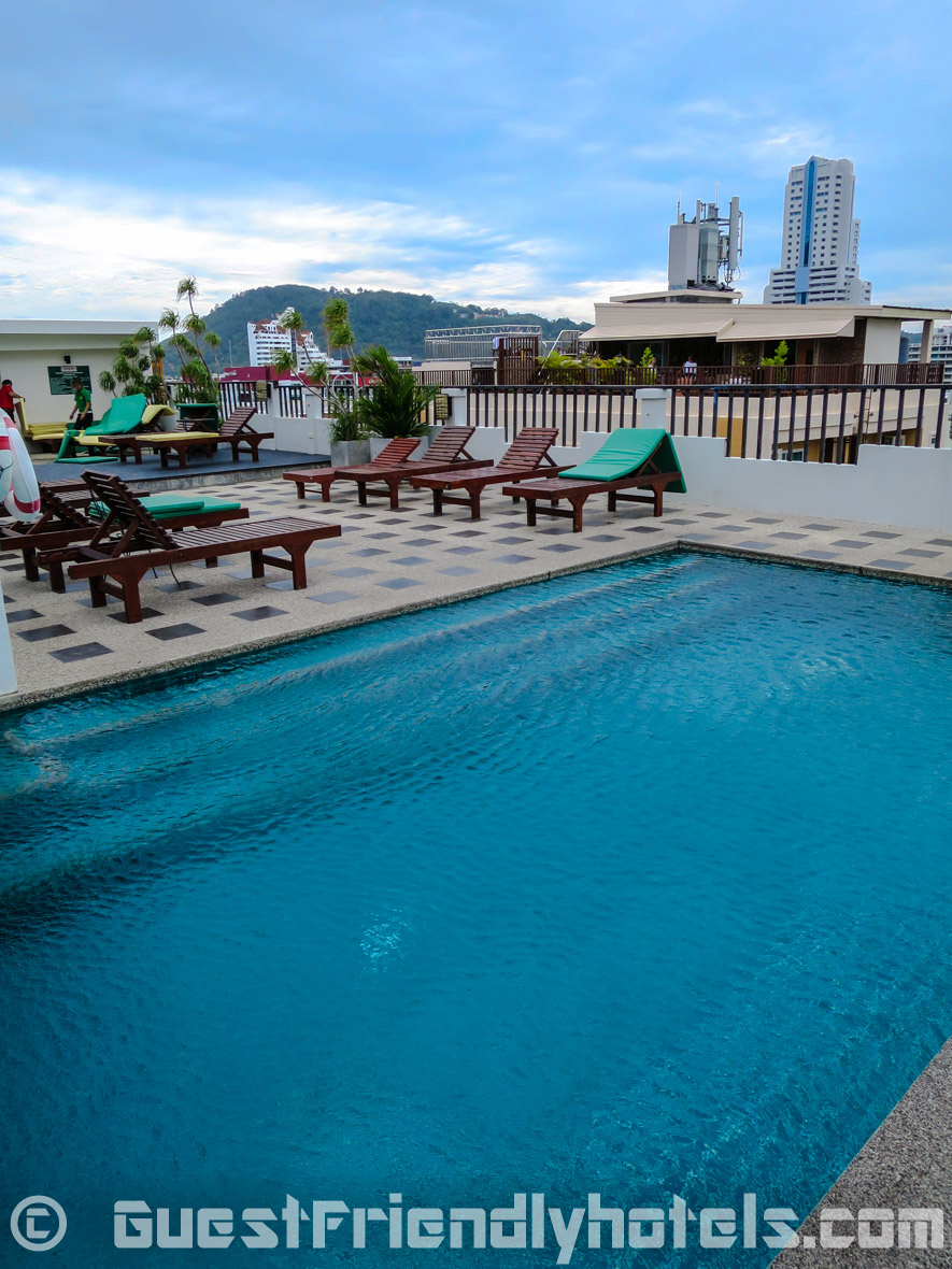 Guests have access to the hotel rooftop pool just next door at Phil Boutique Hotel @ Sansabai