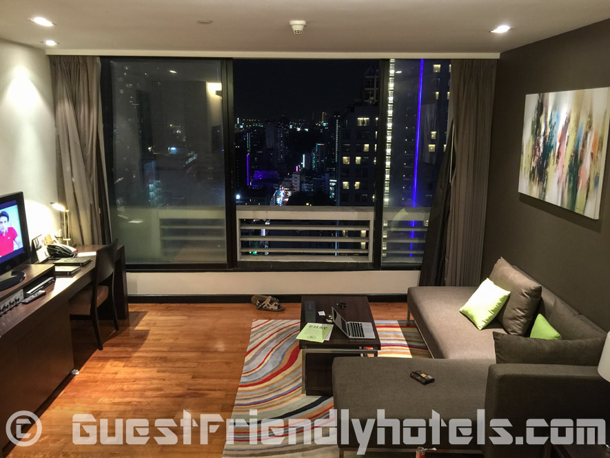 Living room and view onto BKK at Fraser Suites Appartment and Studios