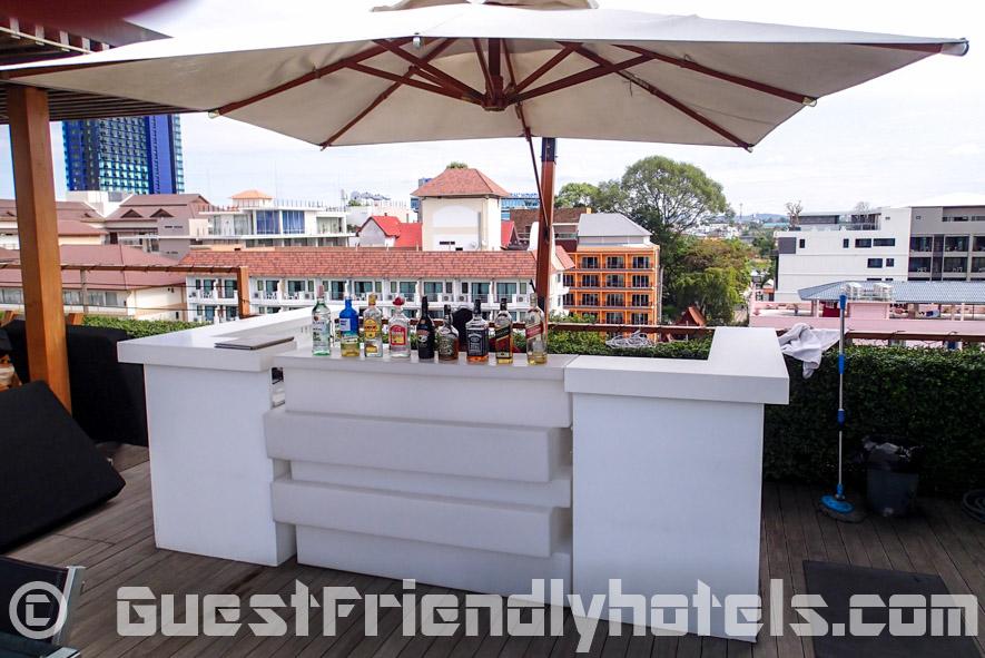 Pool Bar in Seven Zea Chic Hotel