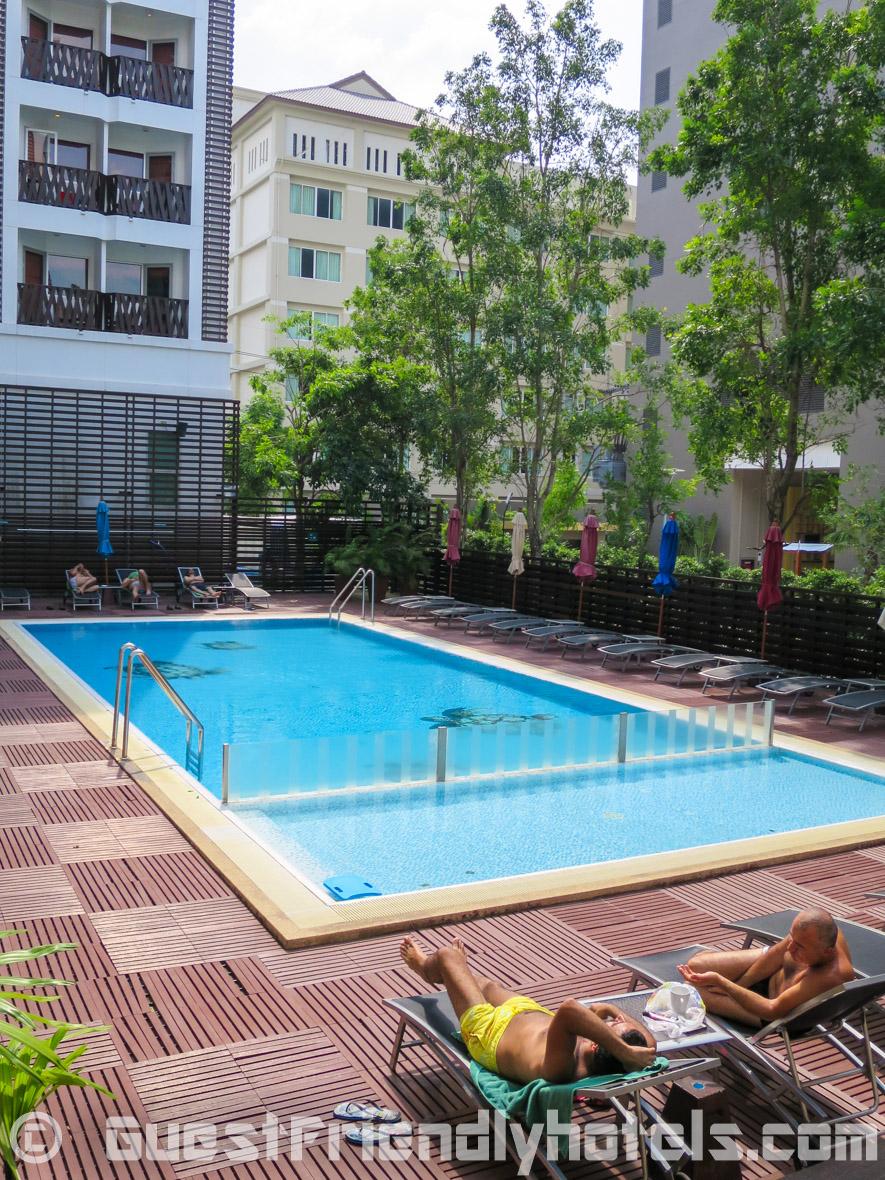 Pool area in the Ibis Pattaya Hotel