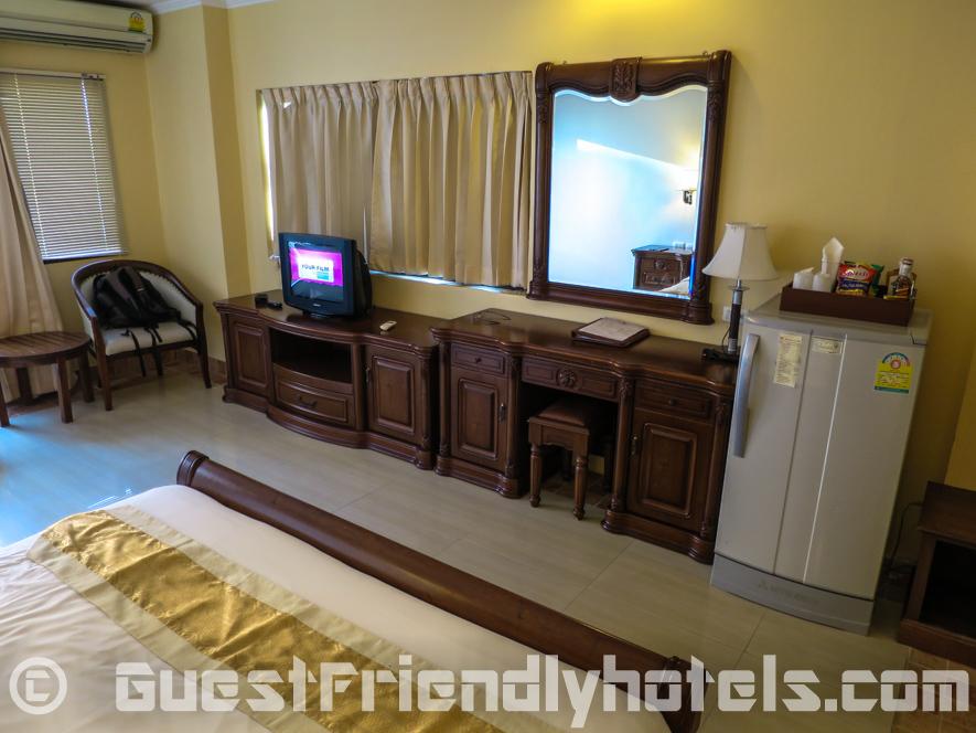 Room amenities inside my Deluxe Room at Best Beach Villa