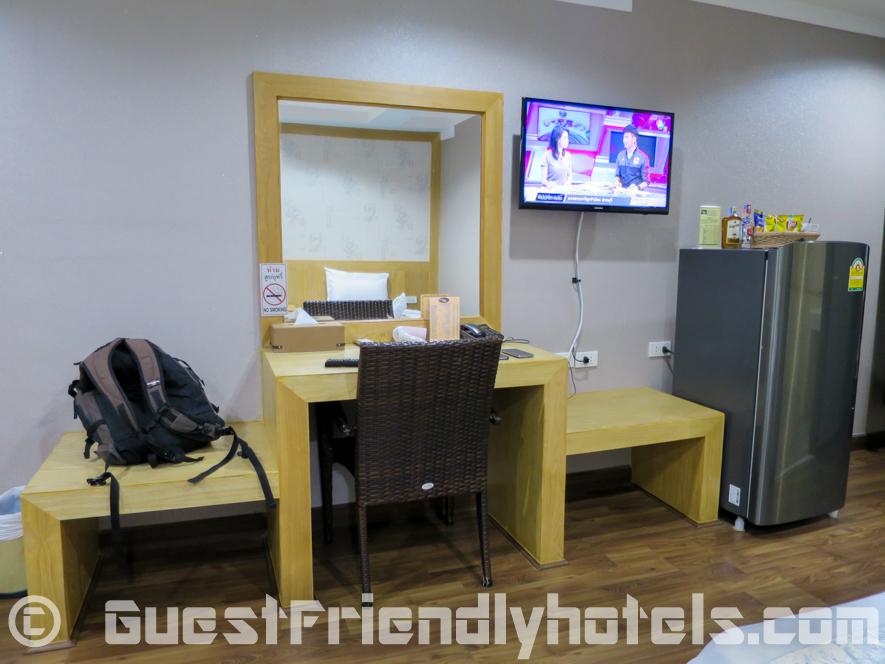 Room amenities inside the standard room at Beachfront resort in Pattaya