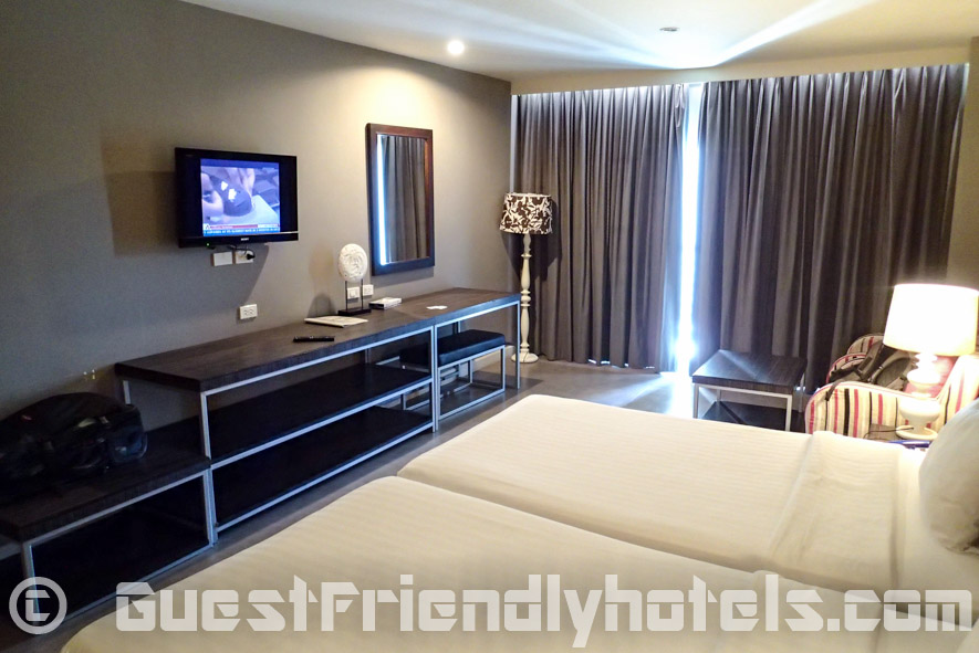 Rooms are modern and well equipped hotel only 1 min walk away from Pattaya Beach