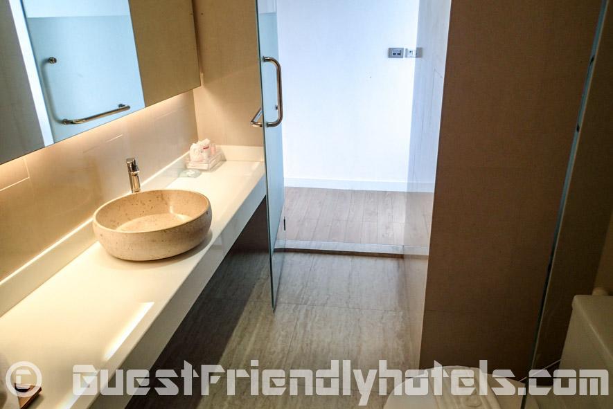 Seven Zea Chic Hotel bathroom minimalist design