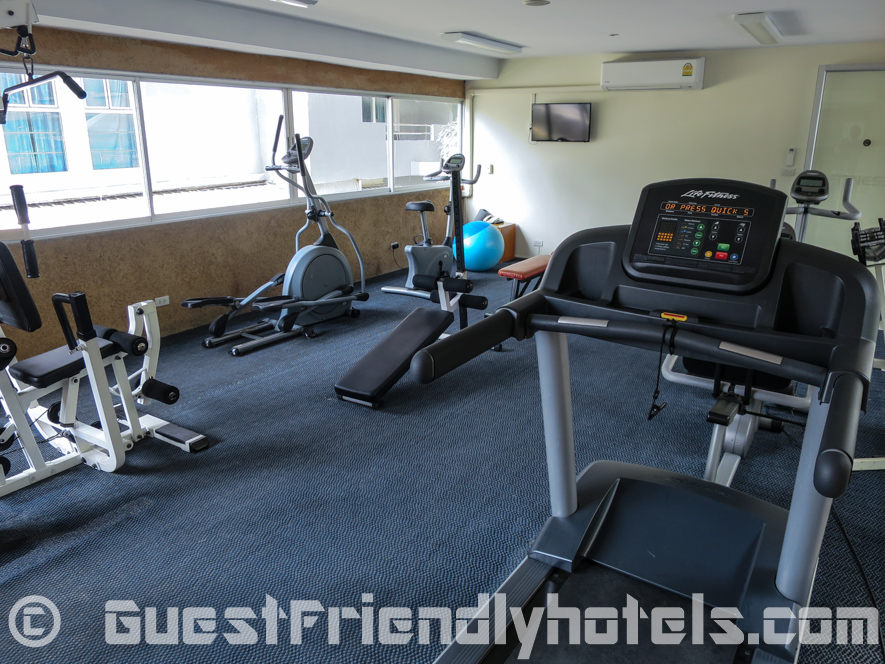 Small fitness room with some equipmnent at the Bella Villa Prima Hotel