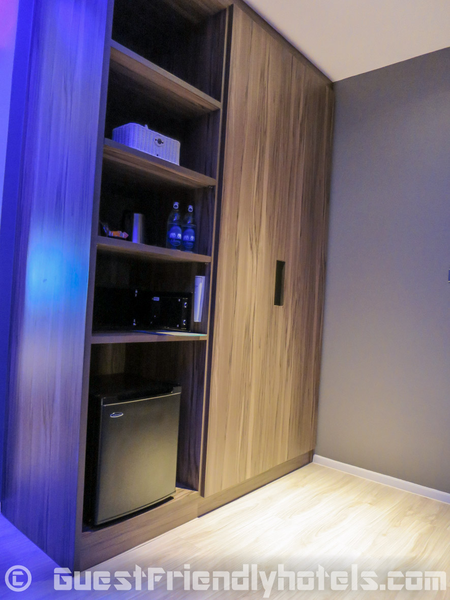 Wardrobe with mini-bar area in Superior rooms of the Tweet Tweet Nest Pattaya Hotel