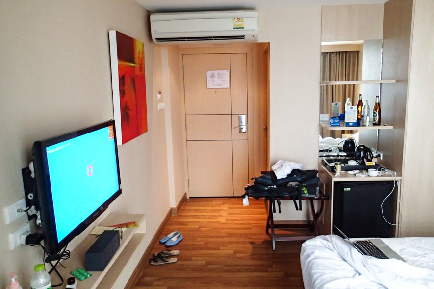 my messy room at Petals Inn pretty good bargain for the price